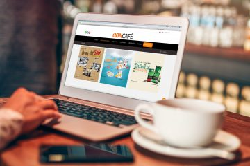 Online shopping website on laptop screen. online shopping concept